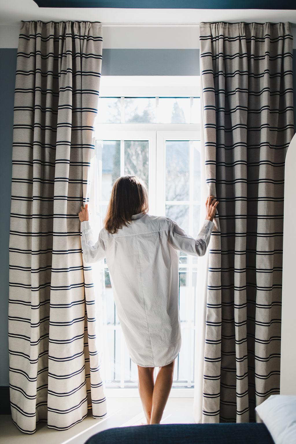 Vorhang öffnen im Classic Luxe